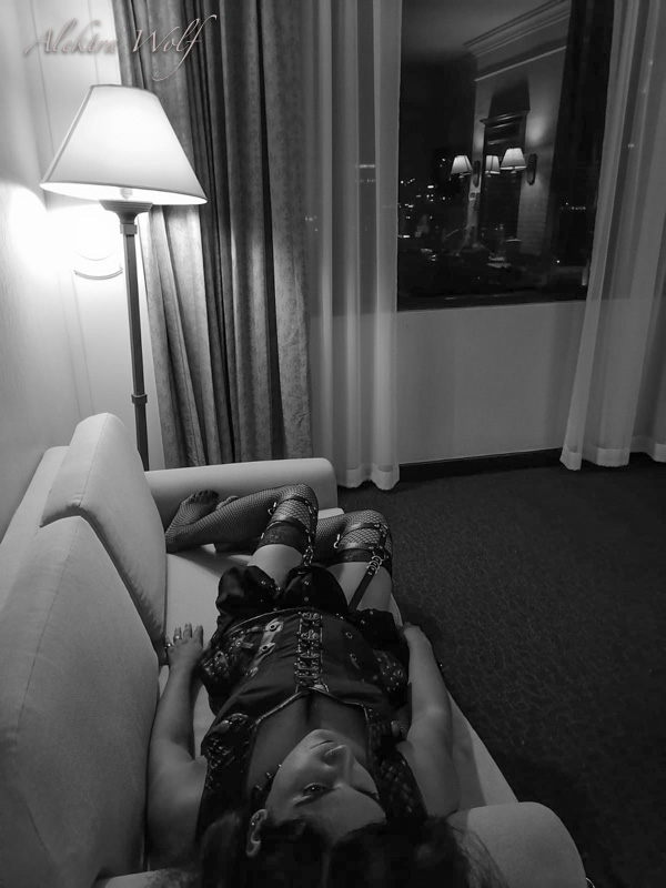 goth in hotel